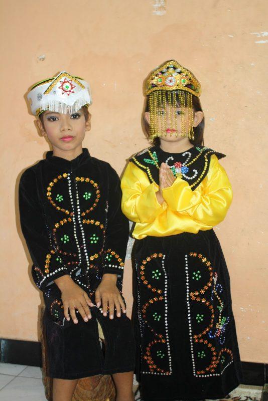 Baju Adat Betawi untuk Anak Anak