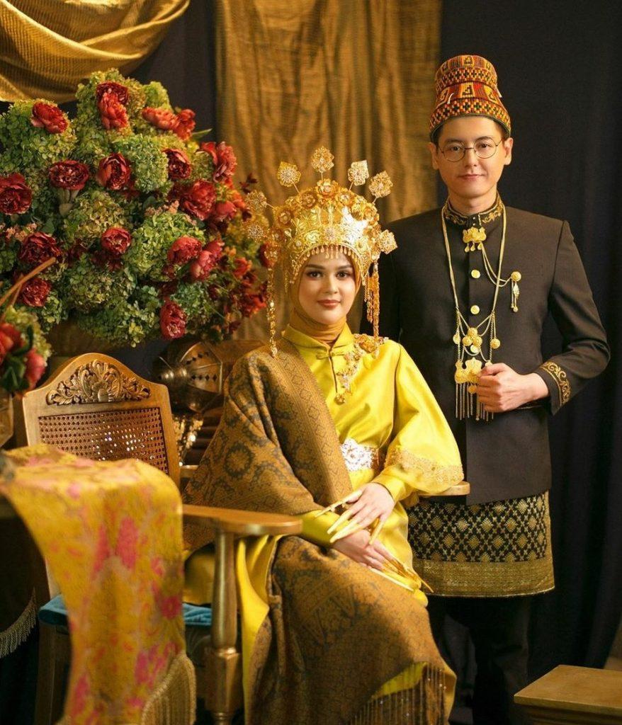 Pakaian Adat Suku Melayu
