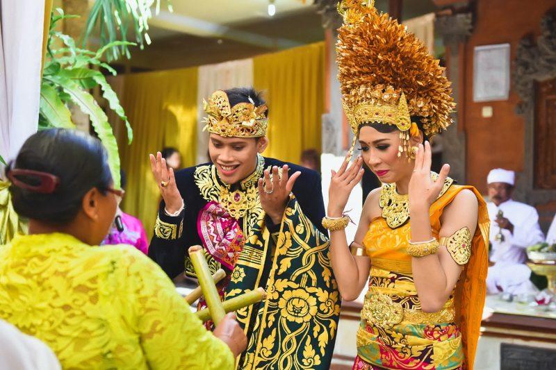 Baju Adat Khas Bali untuk Menikah