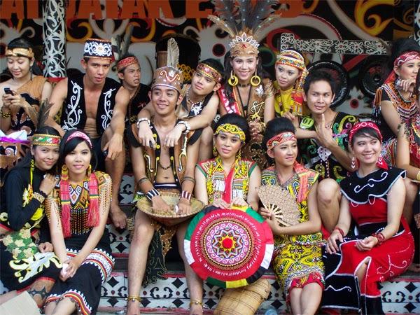 Keunikan Baju Adat Kalimantan Timur