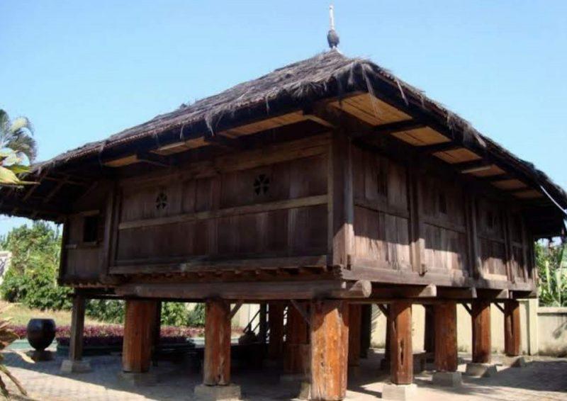 Nama Rumah Adat Lampung
