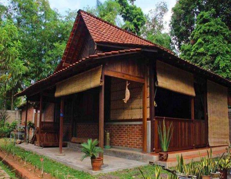 Rumah Adat Kampung