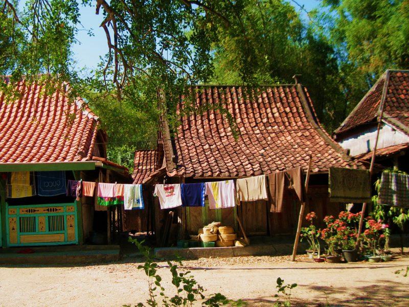 Rumah Adat Suku Madura