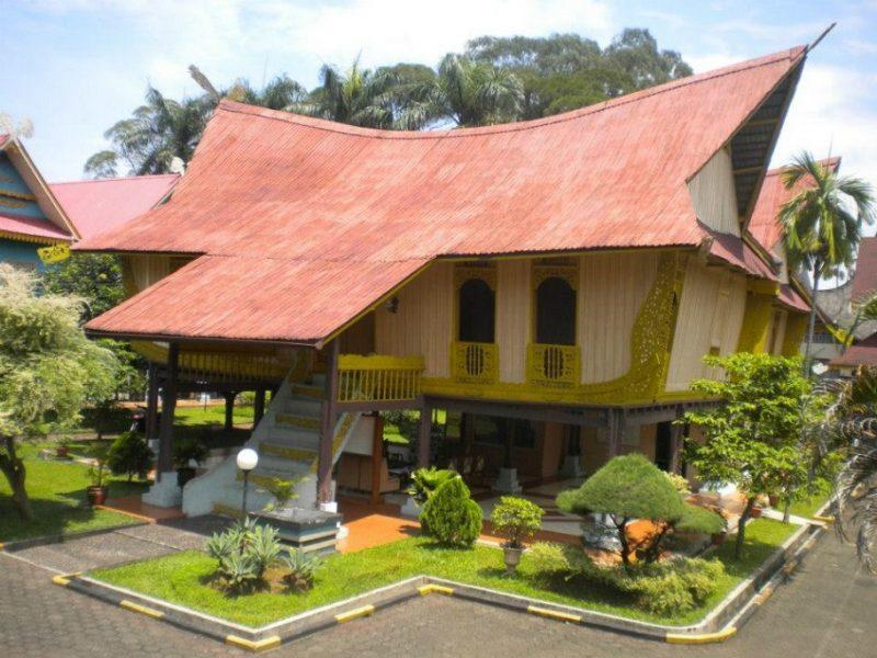 Rumah Atap Lotik